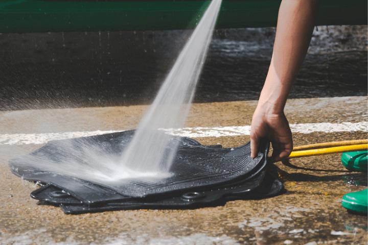 Washing car mats