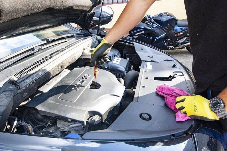 replacing motor oil
